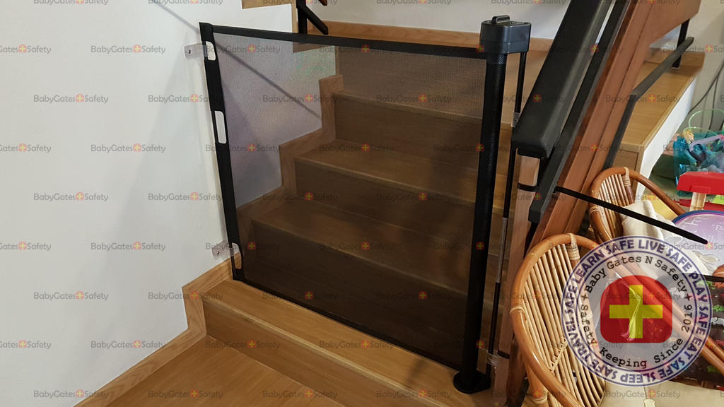 Smart Retract at Bottom of Stairs